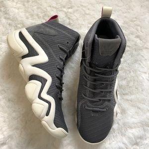 buy popular 455c5 96e4b NEW Adidas Crazy 8 Adv Sneakers Non Marking